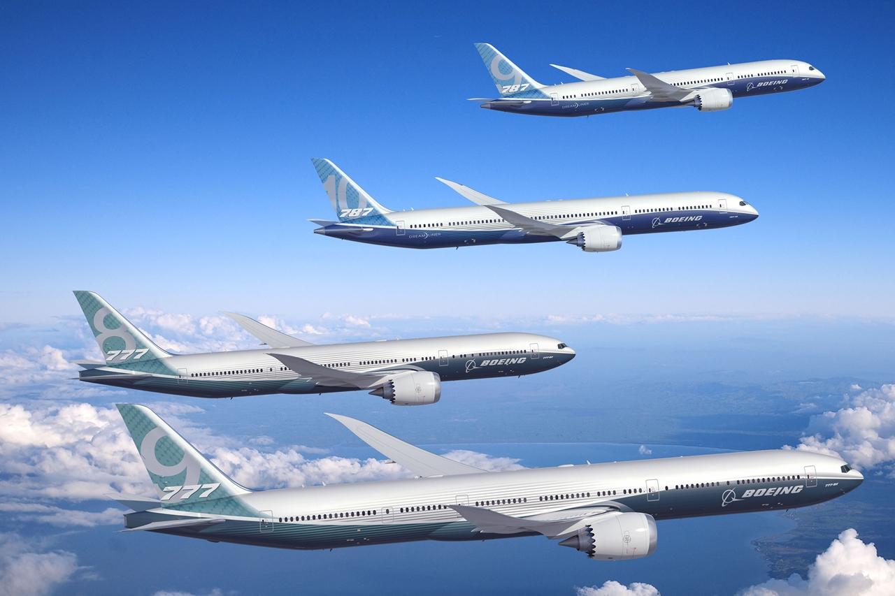 A Boeing legújabb kéthajtóműves szélestörzsű típusai. (Fotó: Boeing Company) | © AIRportal.hu