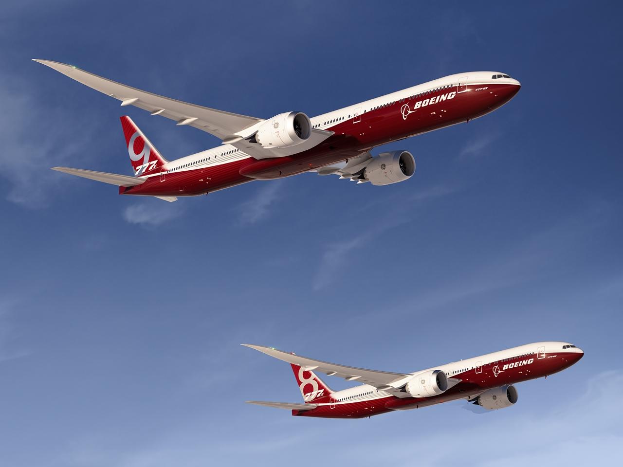 Boeing 777-9X és 777-8X egymás mellett, látványterven.(Forrás: Boeing Company) | © AIRportal.hu