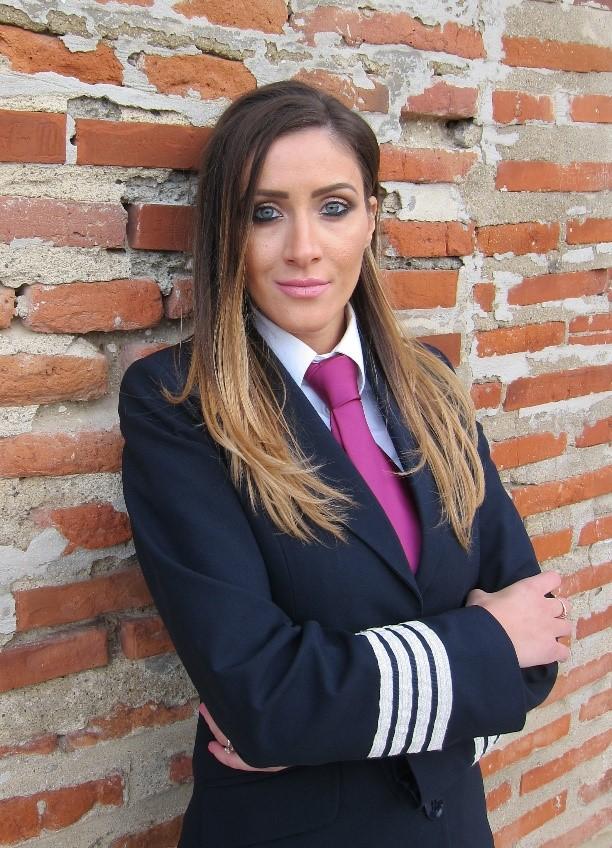 Andreea Litescu kapitány (Fotó: Wizz Air) | © AIRportal.hu