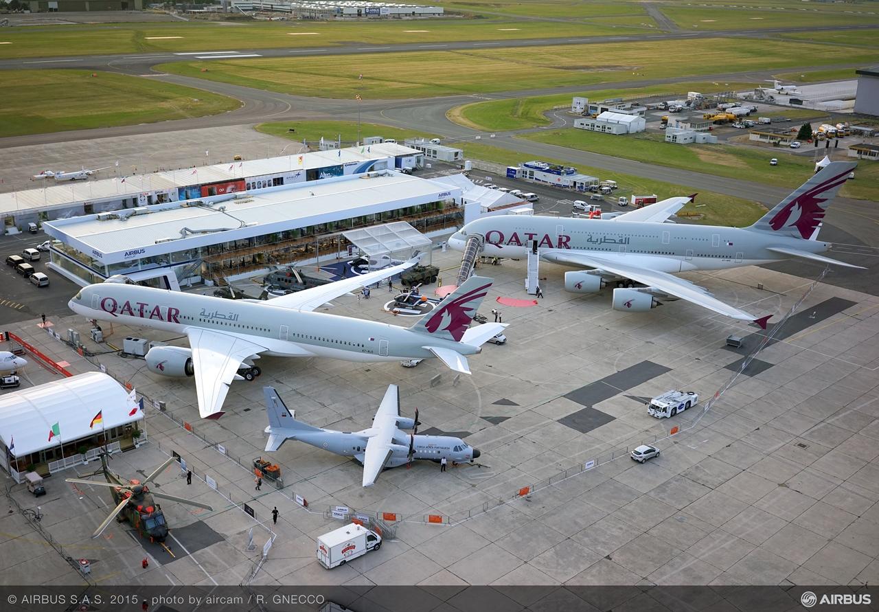 Az Airbus utasszállító gépeit legnagyob számban a Qatar Airways állította ki. Az A350XWB és az A380-as mellett ott volt egy A320-as és A319LR is a flottából. (Fotó: Airbus) | © AIRportal.hu
