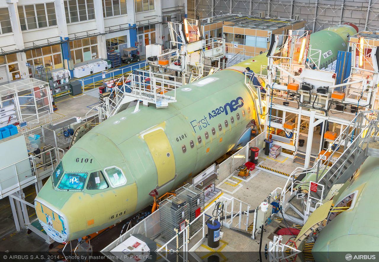 A legelső A320neo a toulouse-i gyártósoron. (Fotó: Airbus) | © AIRportal.hu