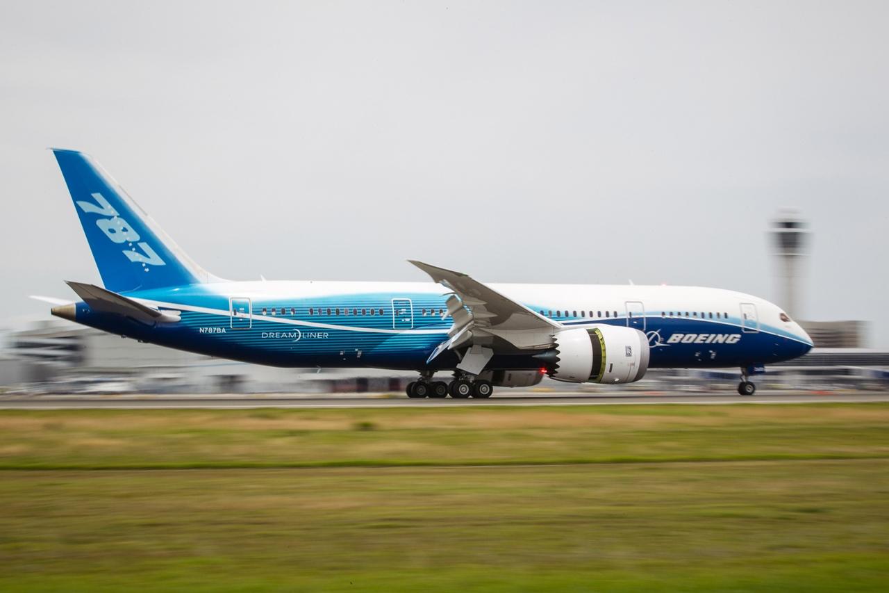 Utoljára fékez leszálló sebességről a Dreamliner prototípus. (Fotó: Boeing Company) | © AIRportal.hu