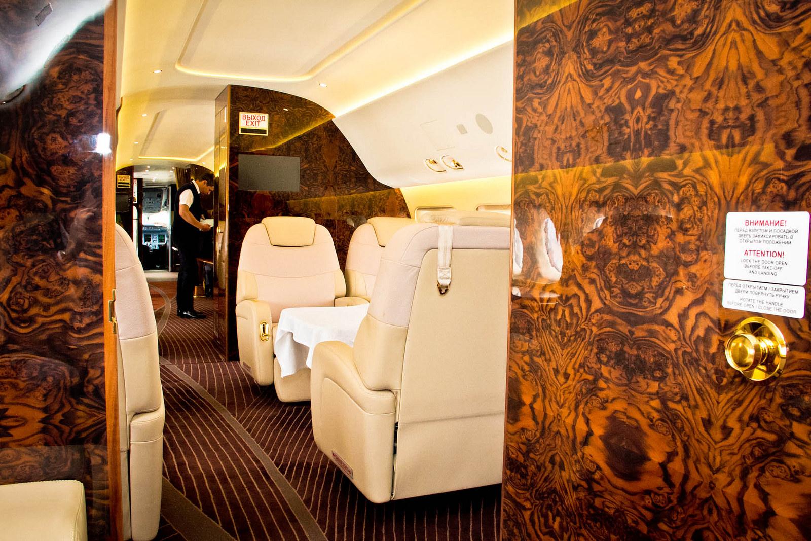 Ilyen az utaskabinja annak az SSJ-100VIP-nek, amely Kairóba repült. (Fotó: SuperJet International)   © AIRportal.hu