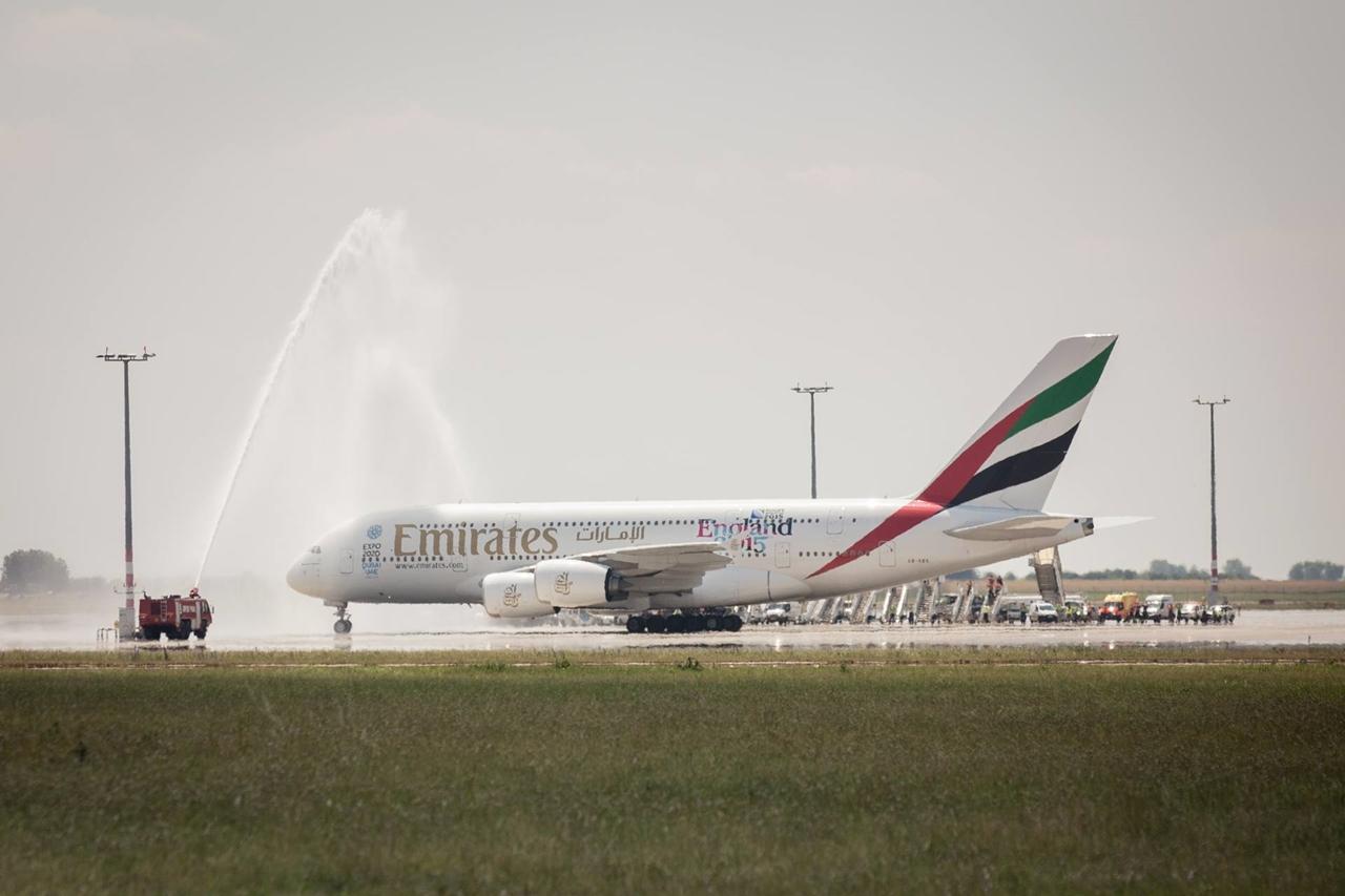 ...és Prágában, július 1-jén. (Fotó: Emirates)   © AIRportal.hu