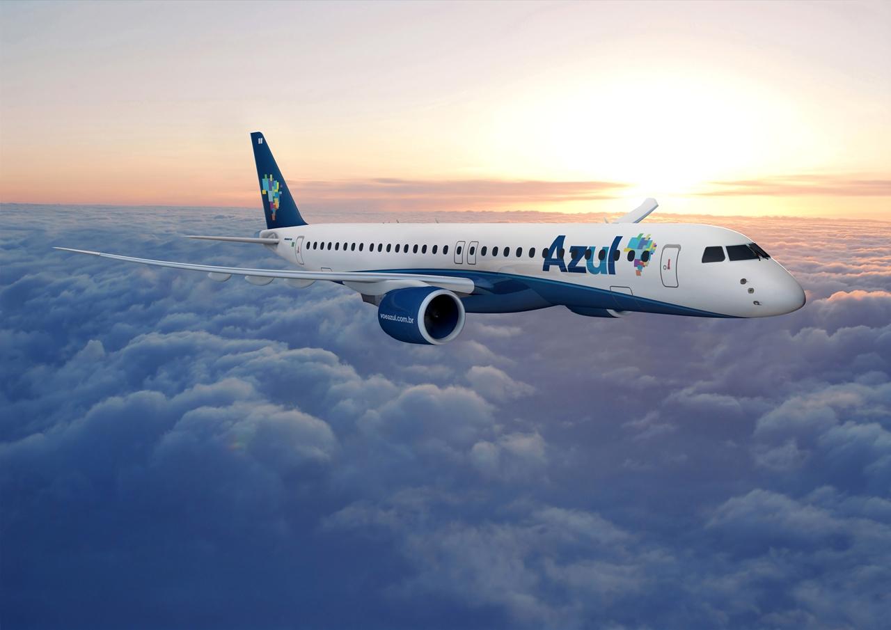 A leendő legnagyobb legújabb E-Jet, az E195-E2 a brazil Azul színeiben látványterven. (Forrás: Embraer) | © AIRportal.hu