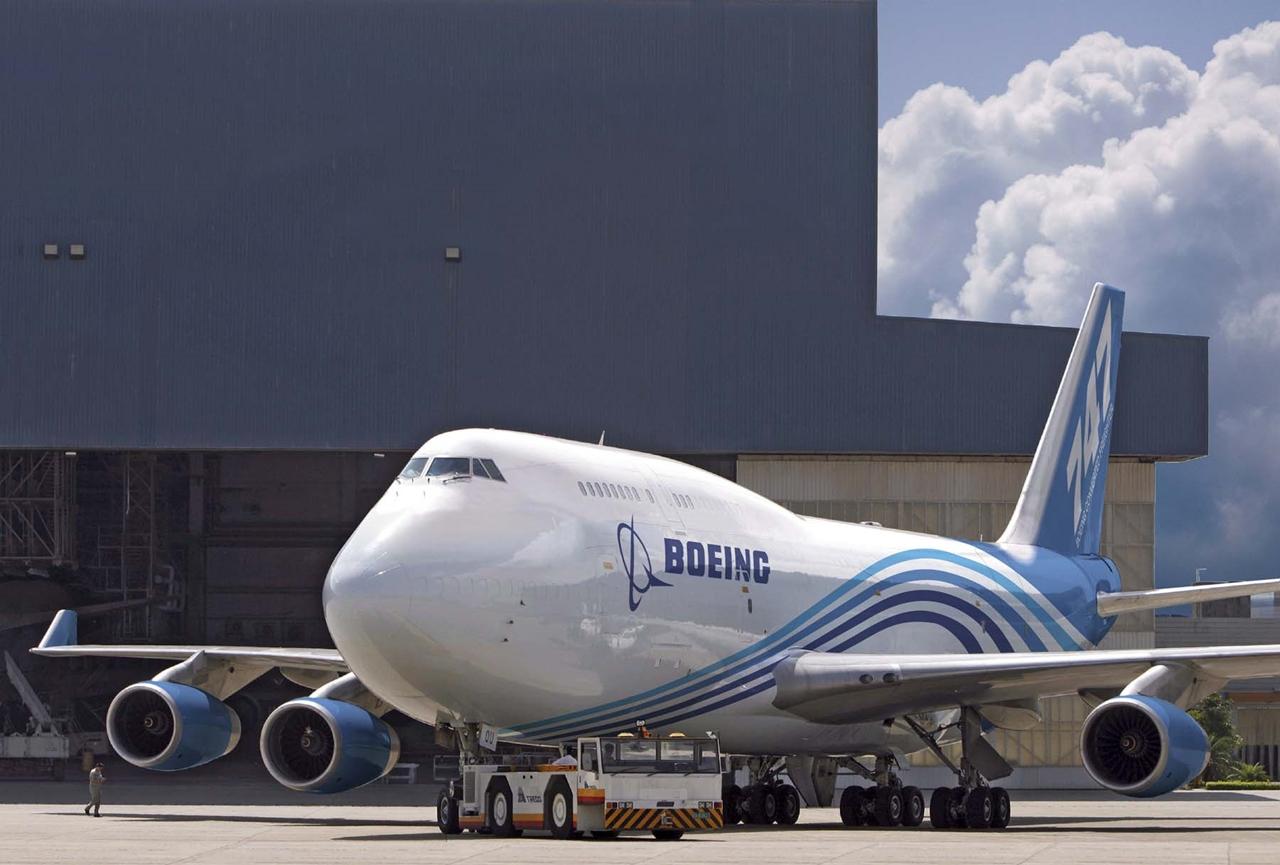 Boeing 747-400BCF házi színekben. (Fotó: Boeing Company)   © AIRportal.hu