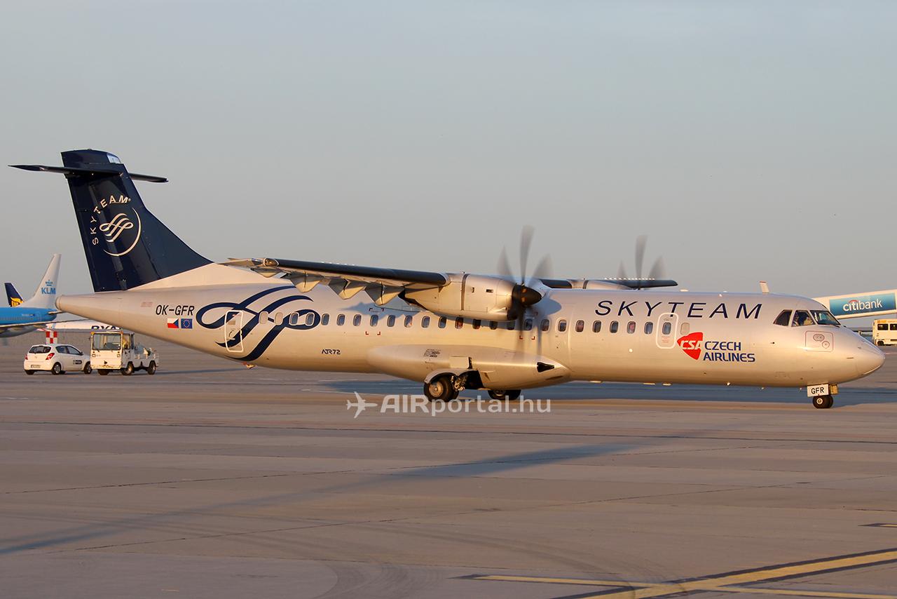 A SkyTeam tag CSA Budapestre általában ATR típusú repülőgéppekkel üzemelteti járatait. (Fotó: AIRportal) | © AIRportal.hu