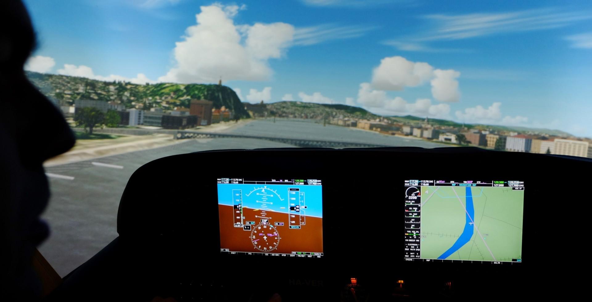 A Cessna 172-vel olyan helyekre is berepülhetünk, ahova igazi repülőgéppel egyáltalán nem, vagy csak hosszas ügyintézéssel lehetne engedélyt kapni. | © AIRportal.hu