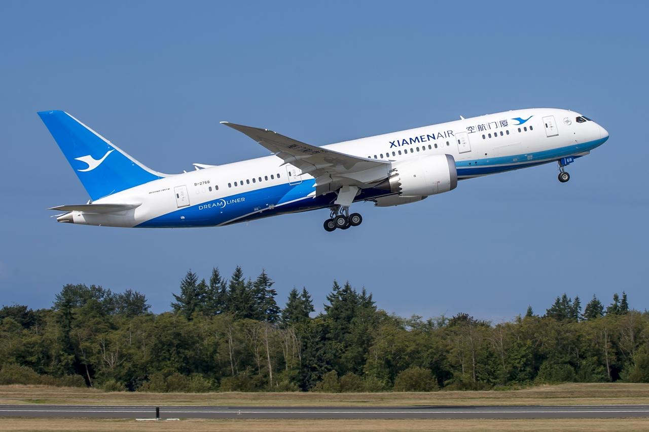 A Xiamen Air első Boeing 787-8 Dreamlinere az átvételekor 2014 szeptemberében. (Fotó: Boeing Company) | © AIRportal.hu