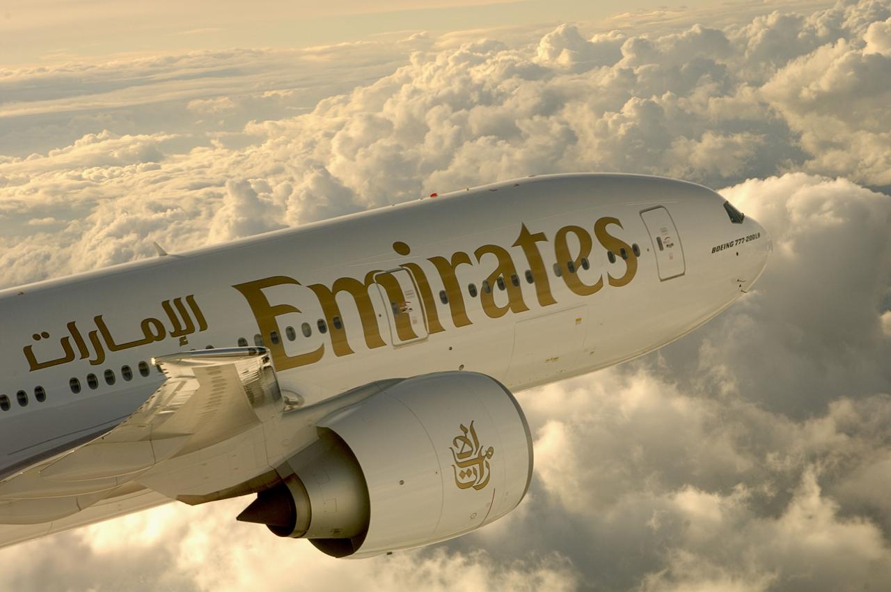 """Az egyik Boeing 777-200LR """"Worldliner"""" repülés közben. (Fotó: Emirates)   © AIRportal.hu"""