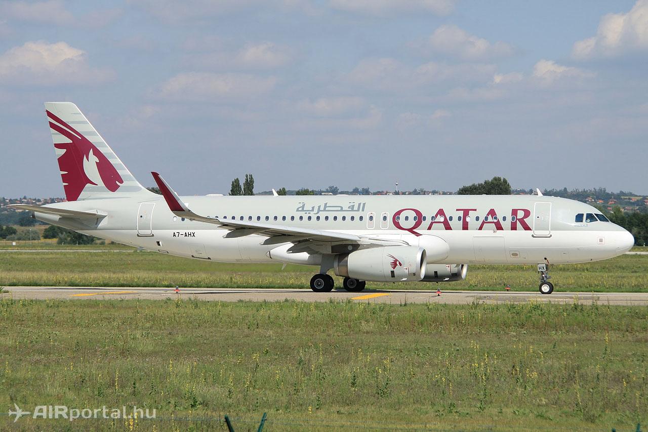 Indulás Dohába, a mai pályazárból következőleg 31R irányból felszállva.Fotó: Csemniczky Kristóf - AIRportal.hu | © AIRportal.hu