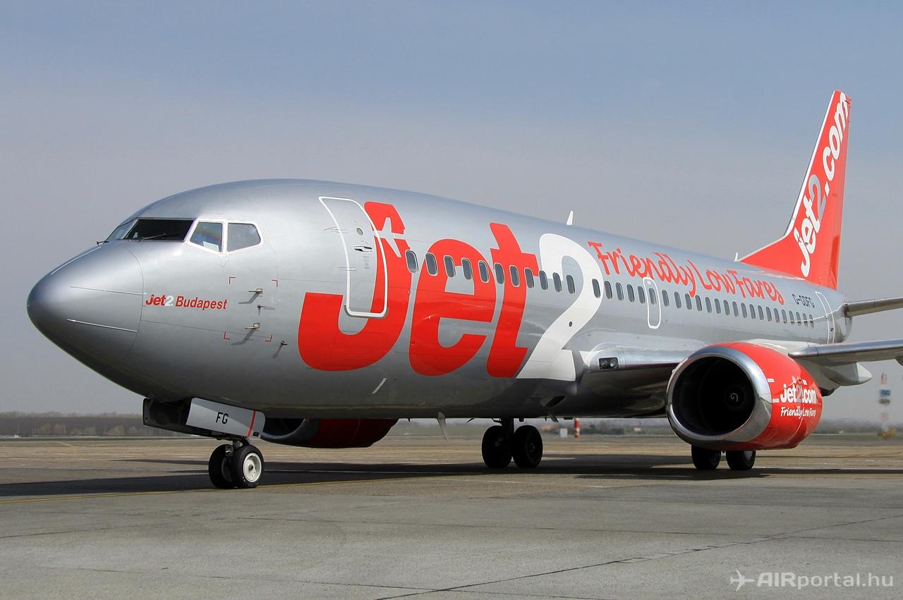 A Jet2.com flottájának Budapest névre keresztelt Boeing 737-300-asa Ferihegyen. Fotó: Csemniczky Kristóf - AIRportal.hu | © AIRportal.hu
