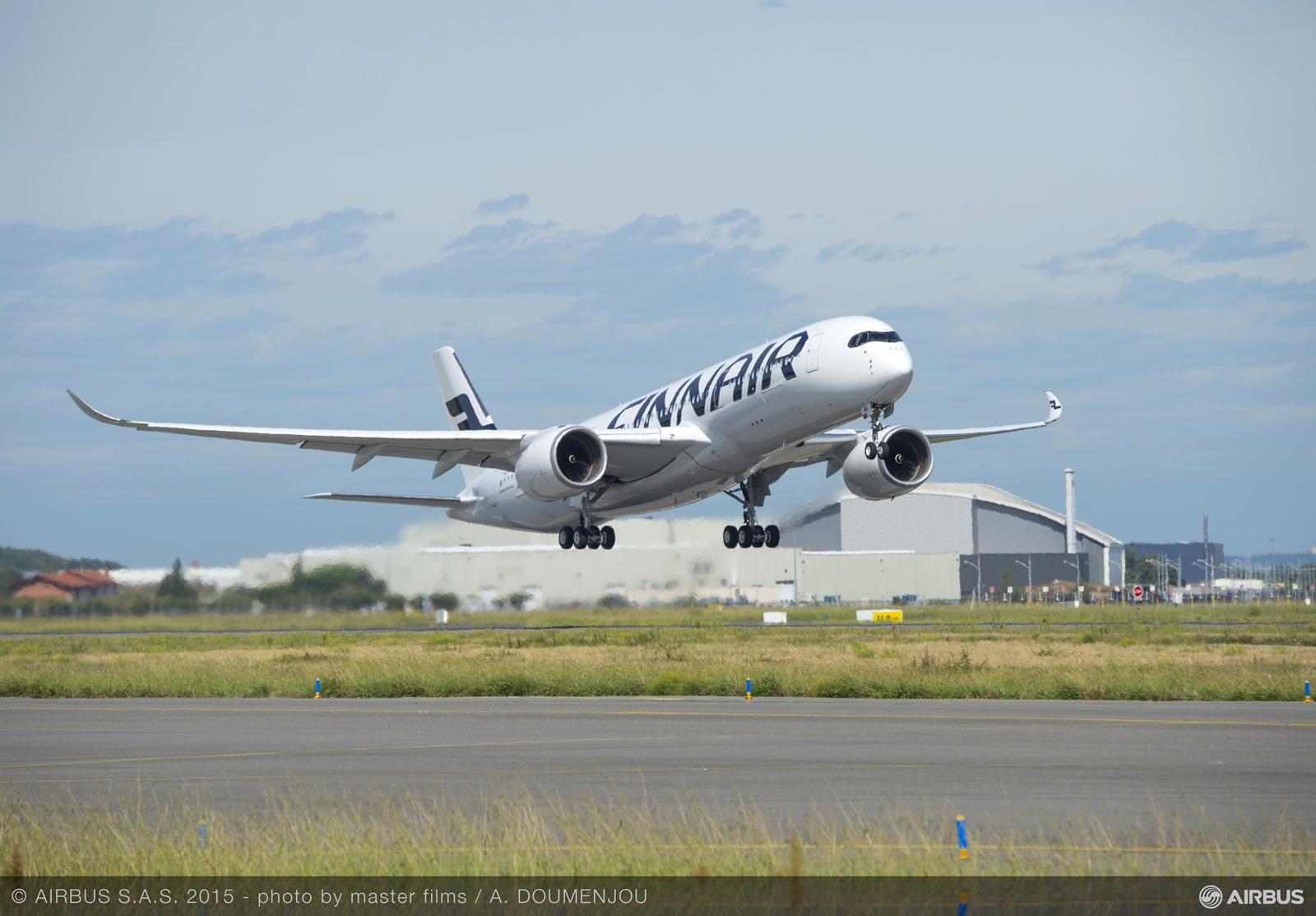 ...és a felszállás, levegőben a finnek első A350-ese. (Fotó: Airbus) | © AIRportal.hu