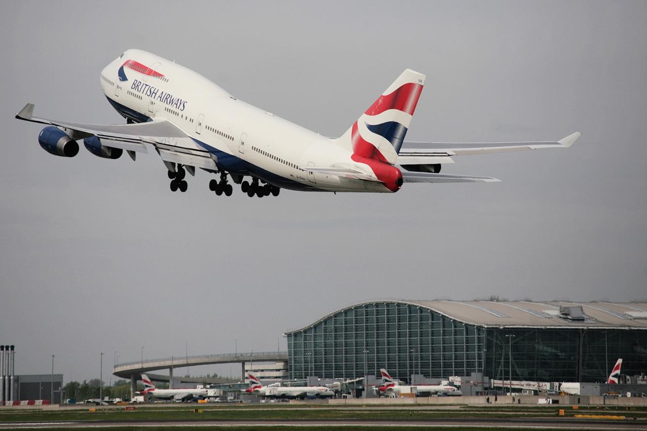 British 747-es felszállás közben a Heathrow-ról. (Fotó: British Airways) | © AIRportal.hu