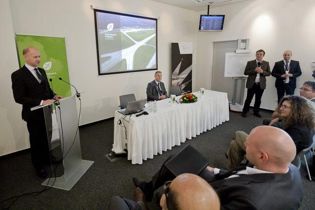 Jost Lammers, a Budapest Airport vezérigazgatója indította útjára a Greenairport programot. (Fotó: Galyas Richárd)   © AIRportal.hu