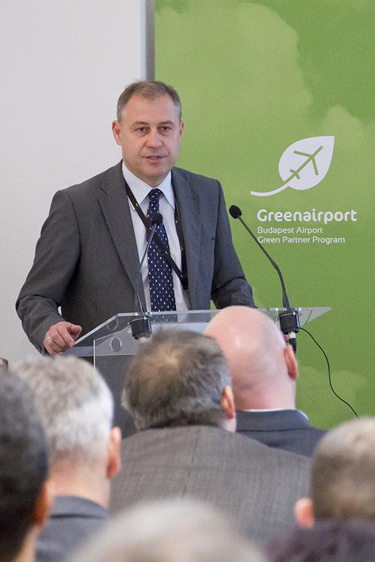 Szarvas Gábor, a Budapest Airport környezetvédelemért felelős igazgatója (Fotó: Galyas Richárd)   © AIRportal.hu