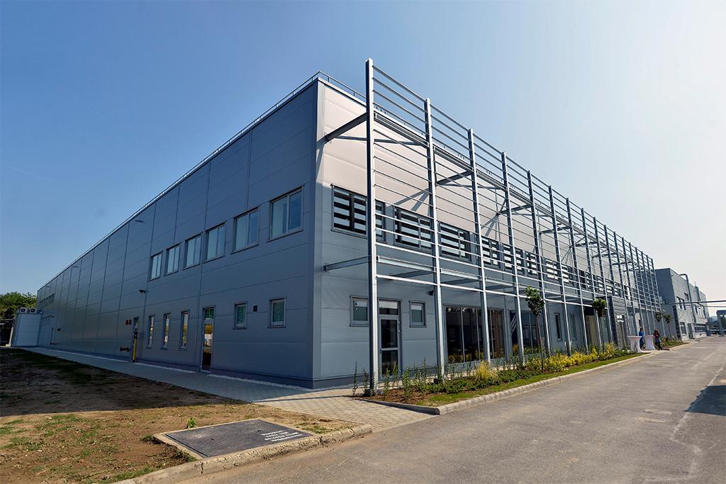 A GE Aviation újabb gyárépülete Magyarországon. (MTI Fotó: Máthé Zoltán ) | © AIRportal.hu