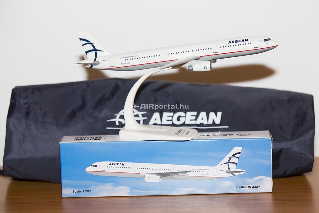 A nyeremény a képen szereplő modell eredeti dobozában! | © AIRportal.hu