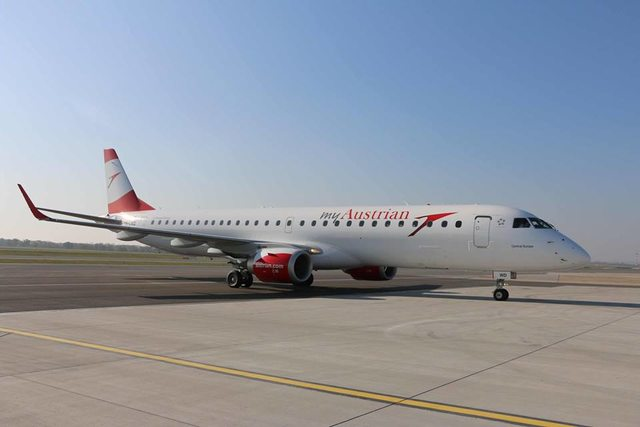 Az Austrian Airlines Embraer E195-öse Bécs-Schwechat repülőtéren az érkezés után. Fotó: Austrian Airlines | © AIRportal.hu