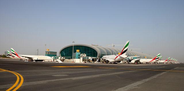 Az Emirates flottája a Dubaj Nemzetközi Repülőtéren. Fotó: Dubai International Airport | © AIRportal.hu