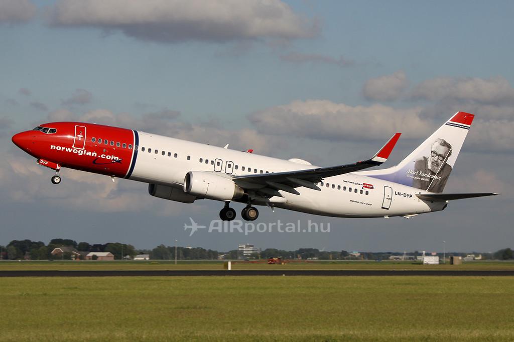 A Norwegian Air Shuttle Boeing 737-800-asa Amszterdamban. (Fotó: AIRportal.hu) | © AIRportal.hu