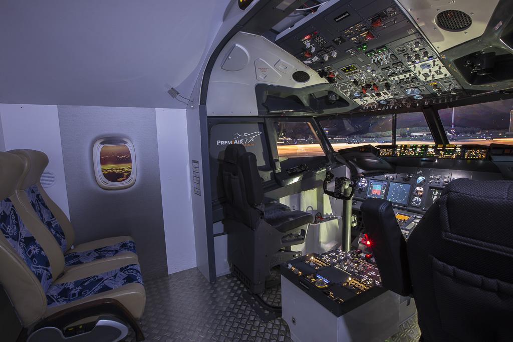 A pilóta mellett még négy kísérő is élvezheti a repülést. | © AIRportal.hu