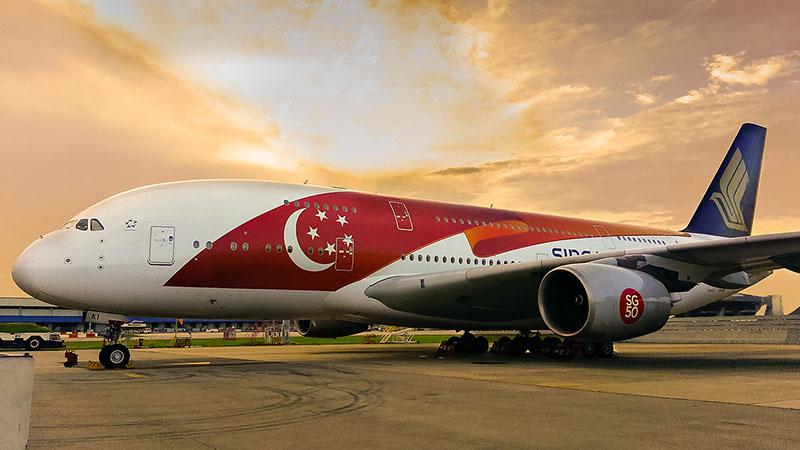 A Singapore Airlines különleges festésű Airbus A380-asa. (Fotó: Singapore Airlines) | © AIRportal.hu