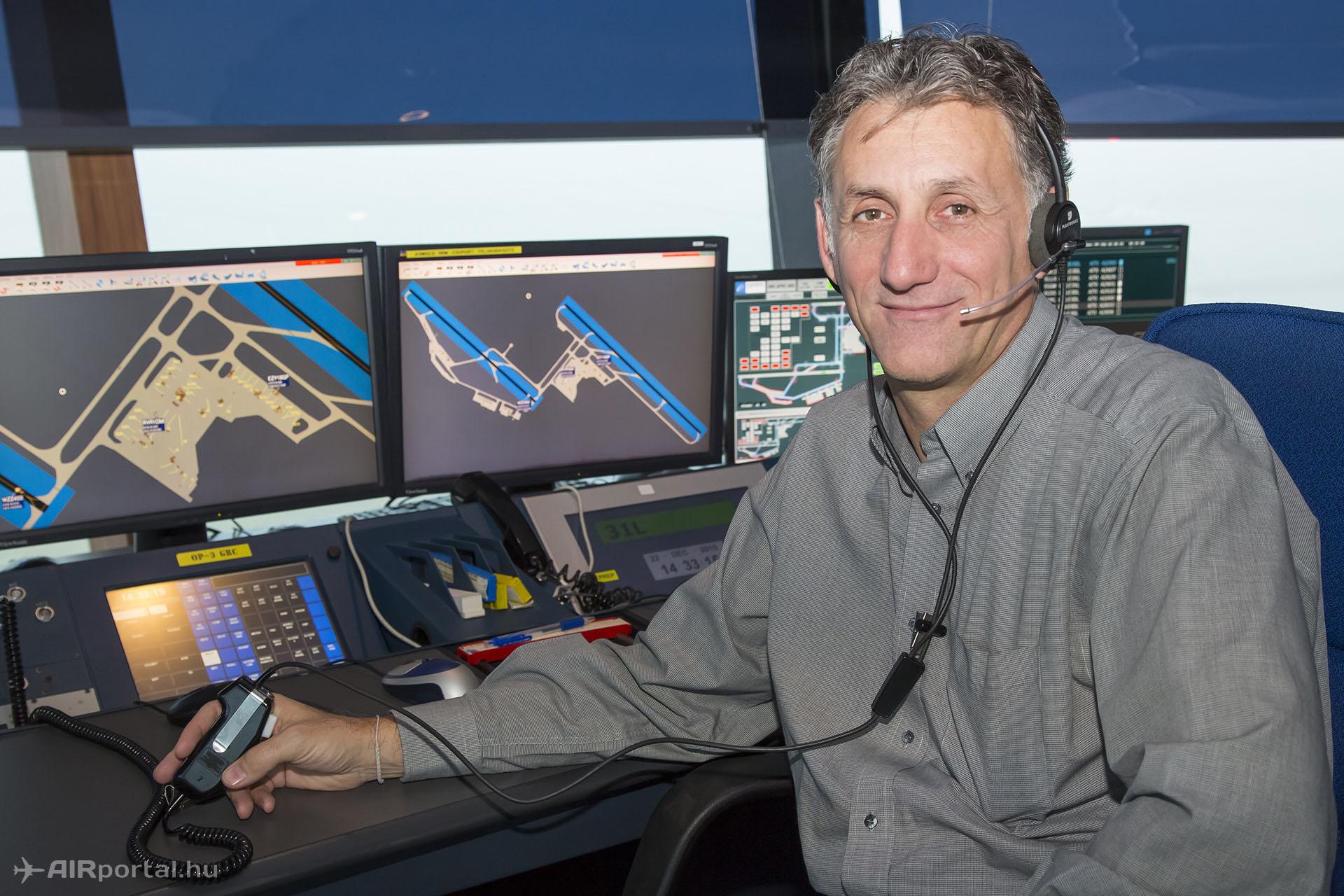Gergely Csaba, a HungaroControl repülőtéri légiforgalmi irányítói szolgálatának osztályvezetője.   © AIRportal.hu