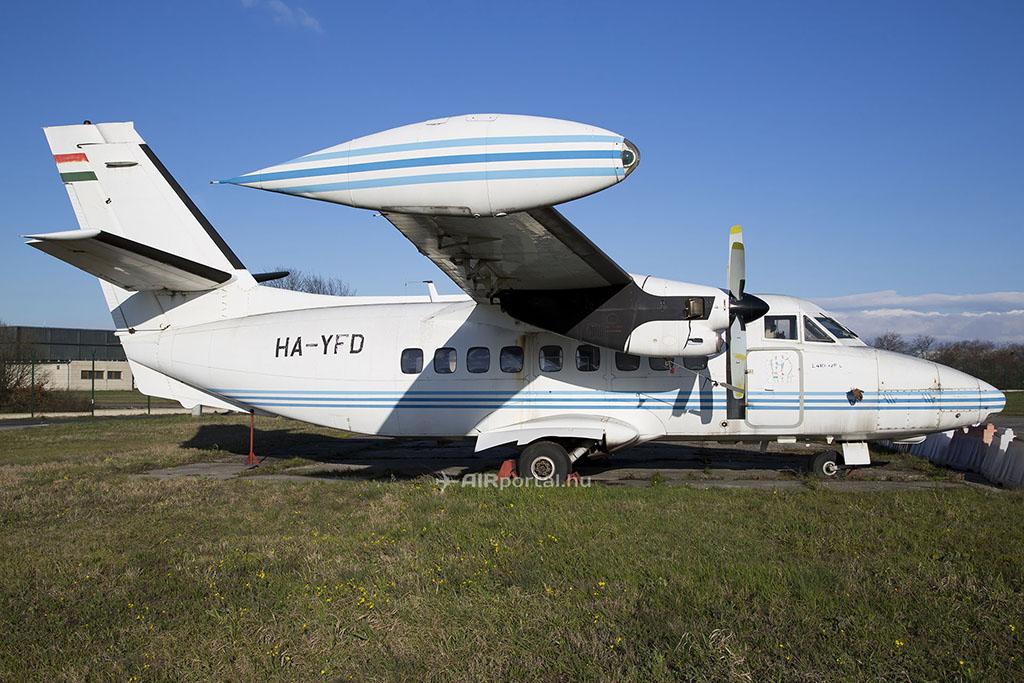 A HA-YFD lajstromjelű Let L-410-es. (Fotó: AIRportal.hu-Archív) | © AIRportal.hu