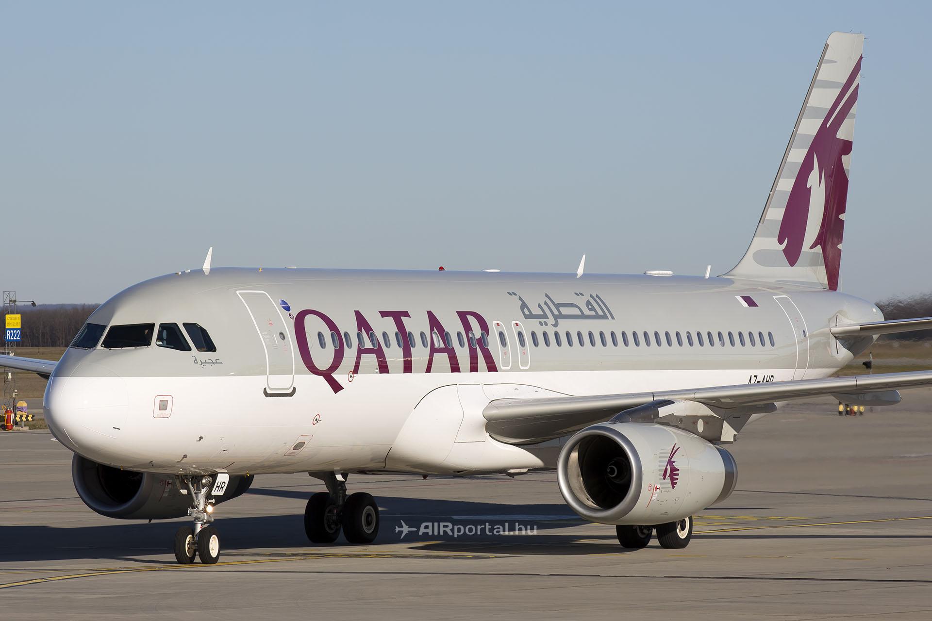 A Qatar Airways Airbus A320-as repülőgépe Budapesten. (Fotó: AIRportal.hu) | © AIRportal.hu