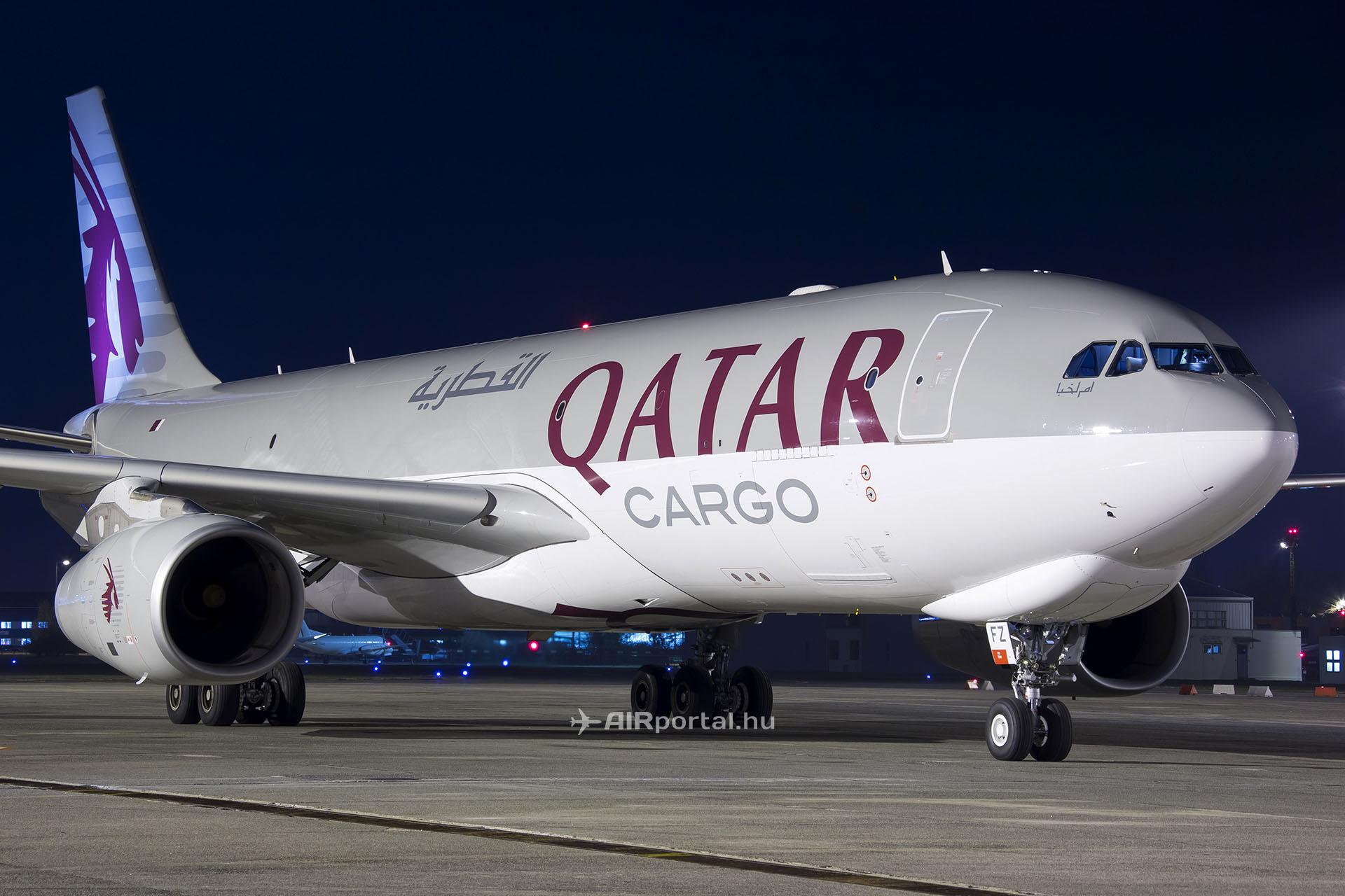 A Qatar Airways Cargo egyik Airbus A330F repülőgépe még 2013. novemberében Ferihegyen (Fotó: AIRportal.hu) | © AIRportal.hu
