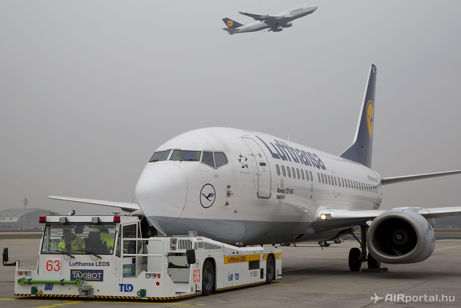 A Taxibot megoldást 2015-ben demonstrálta a Lufthansa Frankfurtban. (Fotó: AIRportal.hu) | © AIRportal.hu