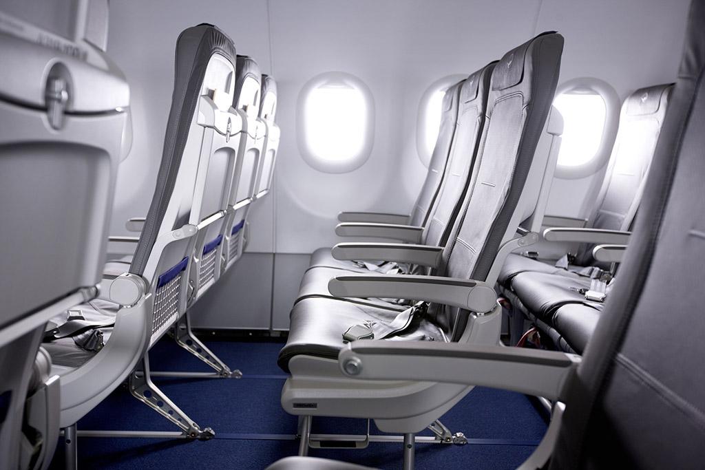 A Lufthansa új turistaosztályának ülései. (Fotó: Lufthansa)   © AIRportal.hu