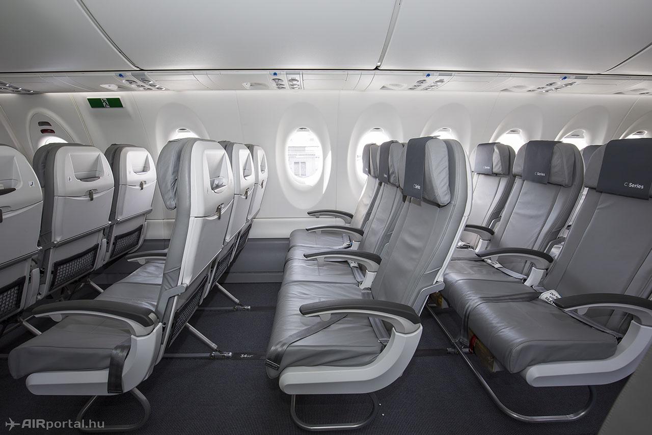 A teszt- és bemutató-repülőgép kényelmes bőrülésekkel van székezve. A Swiss gépei vékony támlás ülésekkel ennél jóval sűrűbbre, 125 személyesre lesznek székezve. | © AIRportal.hu