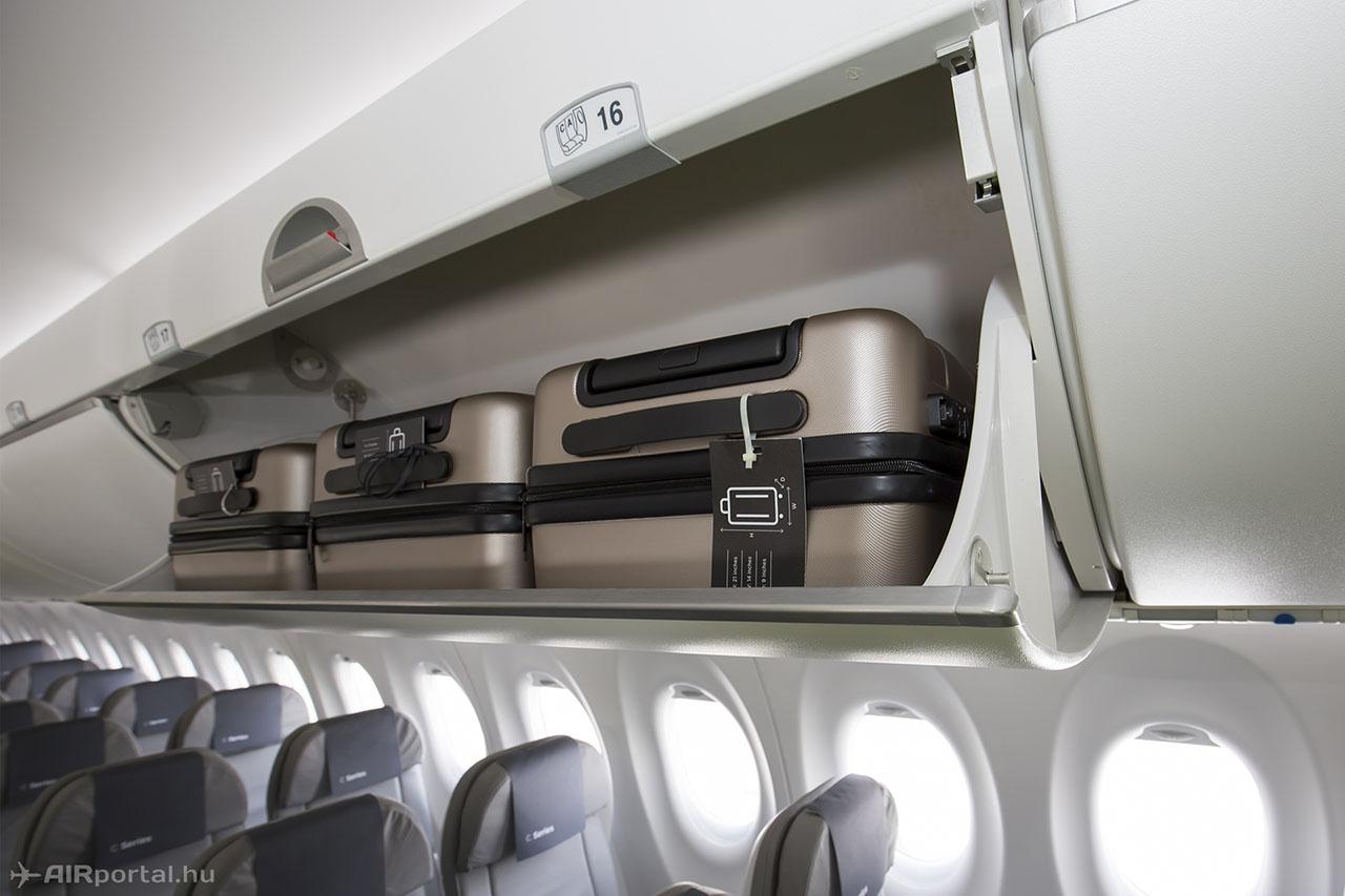 A regionális repülőgépekhez képest hatalmasak fej feletti csomagtárolók. (Fotók: AIRportal.hu) | © AIRportal.hu