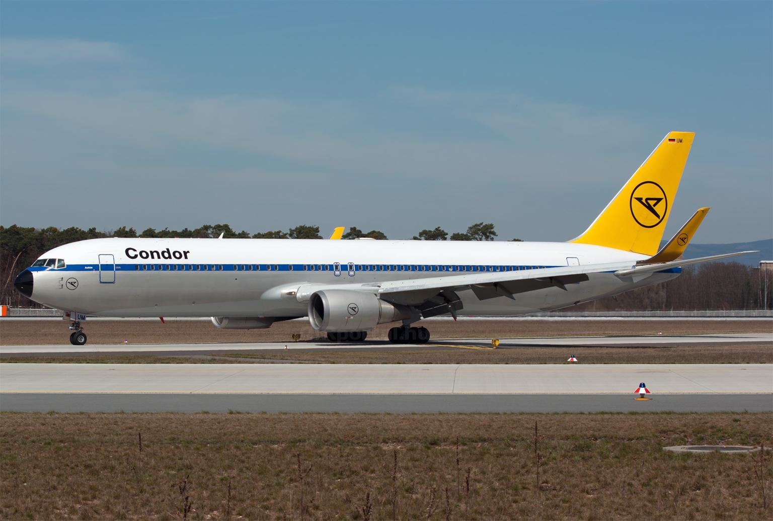 A légitársaság retro festésű Boineg 767-ese. (Fotó: Szalmási Szabolcs - AIRportal) | © AIRportal.hu