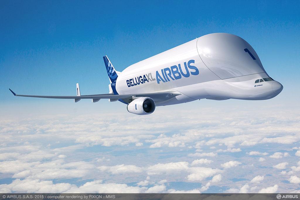 Airbus A330-200ST, avagy Beluga XL gyári látványterven. Ilyen óriási rakterű repülőgépek szállítják az Airbus egyes európai gyáregységei között a repülőgépek törzselemeit, szárnyait és vezérsíkjait. Ma még az A300-as repülőgéptípusból átalakított Belugák teljesítenek szolgálatot, de az Airbusnál már megkezdték a nagyobb kapacitású és újabb A330-as repülőgéptípus alapjaira épülő Belugák gyártását is. (Forrás: Airbus) | © AIRportal.hu
