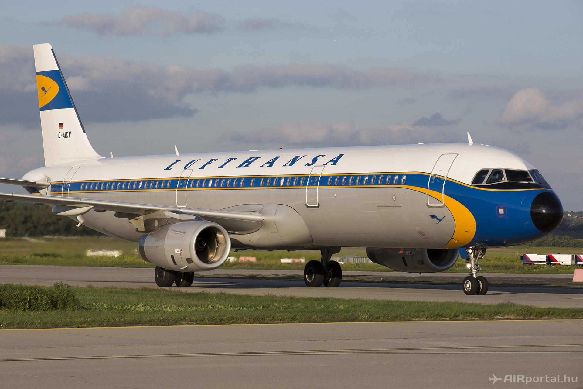 A Lufthansa retró festésű A321-ese. (Fotó: AIRportal.hu) | © AIRportal.hu