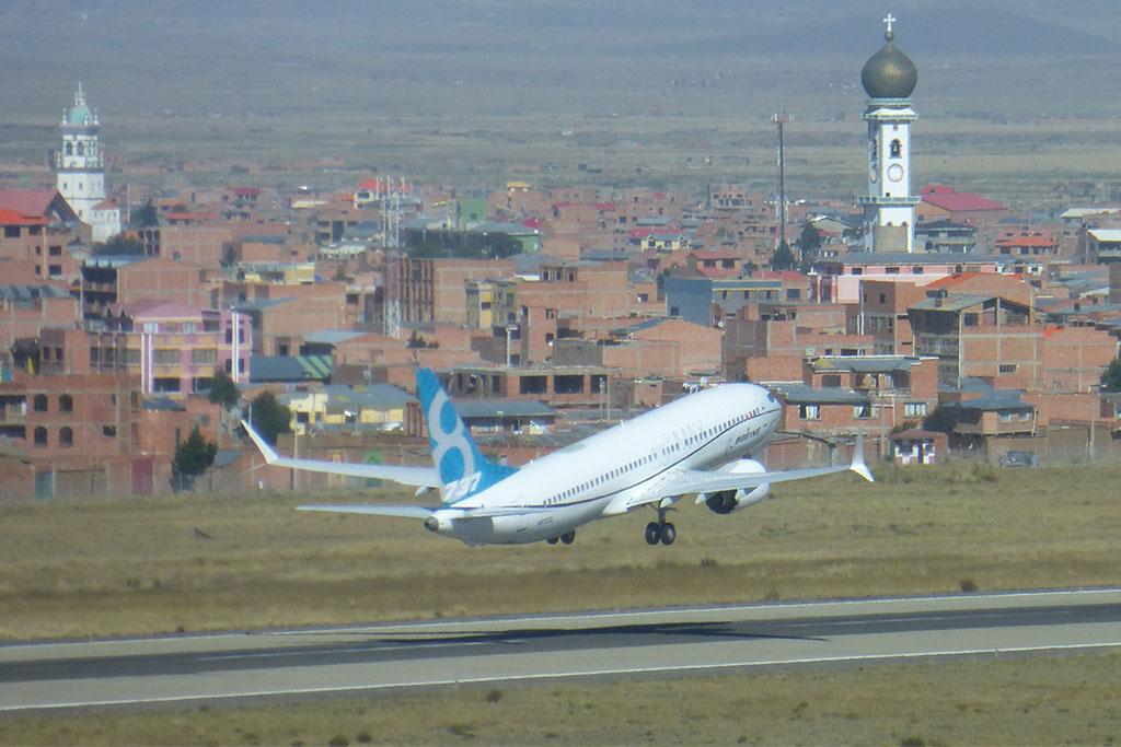 A 737 MAX La Pazban. (Fotó: Boeing Company) | © AIRportal.hu