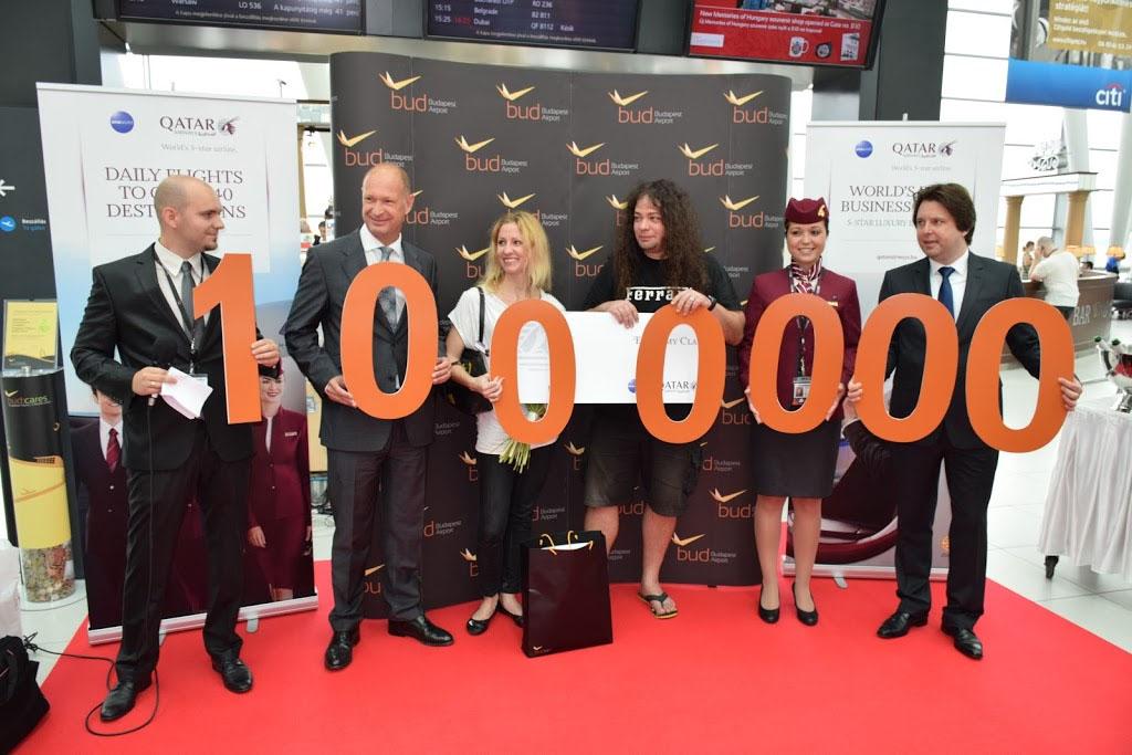 Így ünnepelte tavaly a Budapest Airport az 1 milliomodik utasát. (Fotó: AIRportal.hu) | © AIRportal.hu