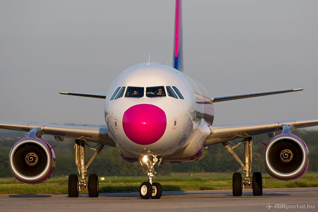 Wizzy, a légitársaság legvidámabb gépe. (Fotó: AIRportal.hu) | © AIRportal.hu