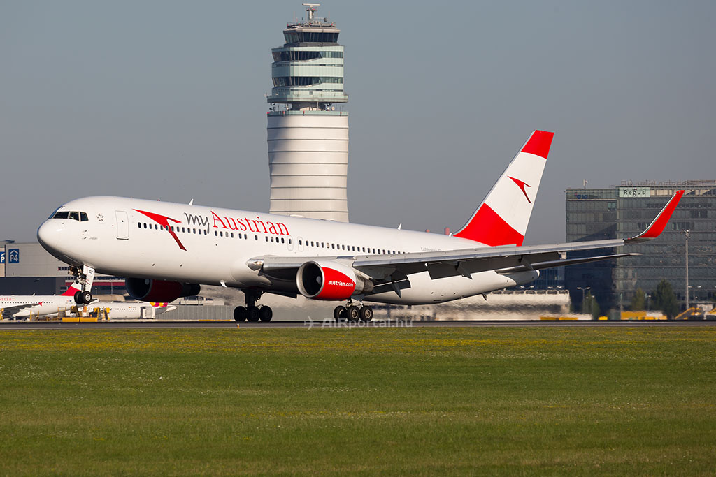Az Austrian Boeing 767-es repülőgépe Bécsben. (Fotó: AIRportal.hu)   © AIRportal.hu