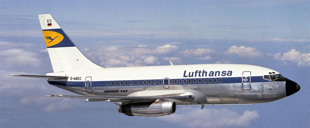 Légi felvétel a Lufthansa egyik klasszikus 737-eséről a cég régi festésében. (Forrás: Lufthansa) | © AIRportal.hu