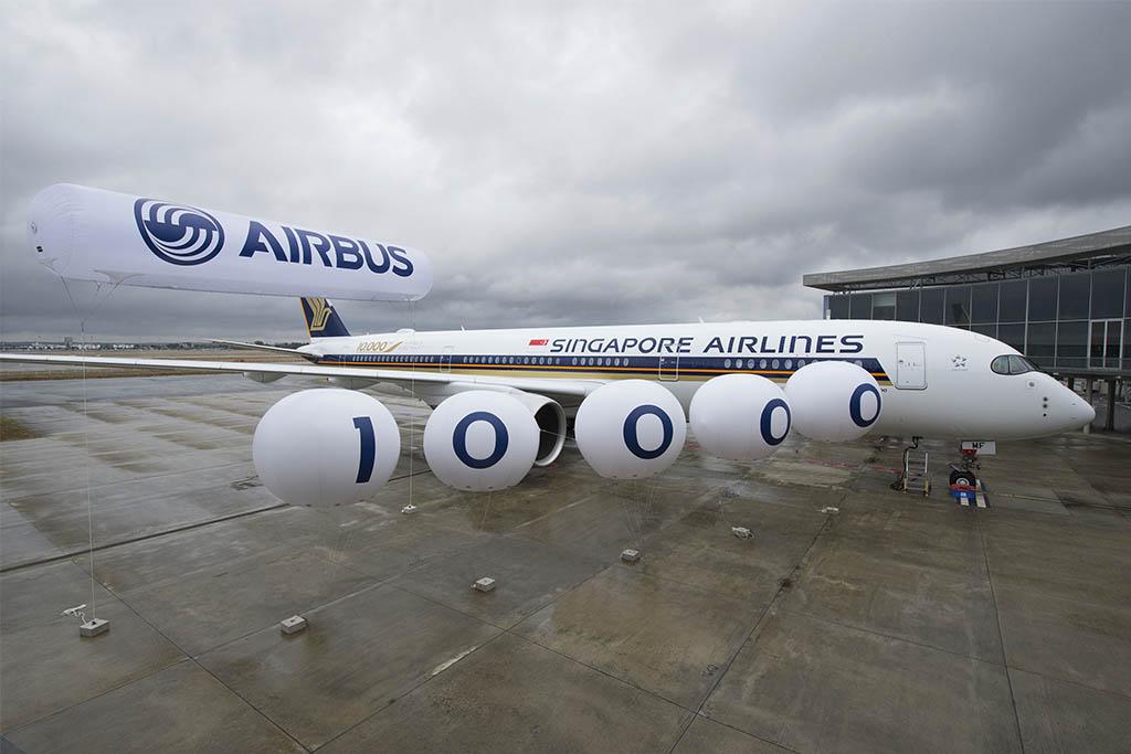 A közelmúltban adták át a tízezredik gépet, amely egy A350-es volt a Singapore Airlines színeiben. (Fotó: Airbus Industries) | © AIRportal.hu