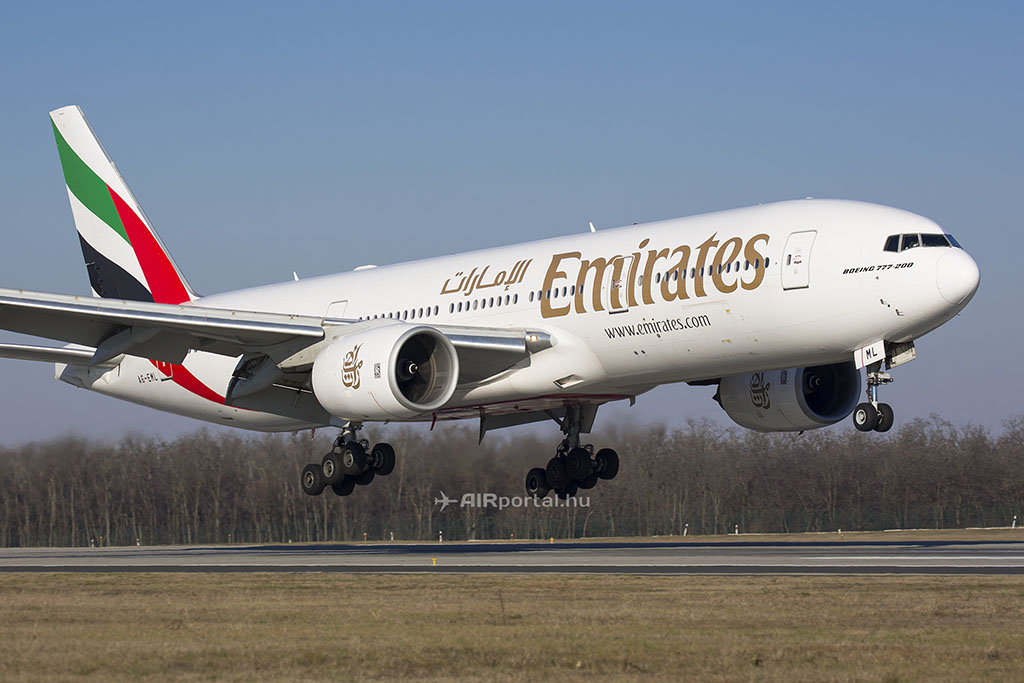 Eseti típuscseréknek köszönhetően az Emirates Boeing 777-200ER repülőgépei néhány alkalommal Budapesten is megfordultak az elmúlt 11 hónapban. (Fotó: AIRportal.hu) | © AIRportal.hu