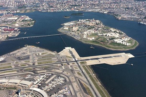 Fotó: La Guardia Airport - Facebook | © AIRportal.hu