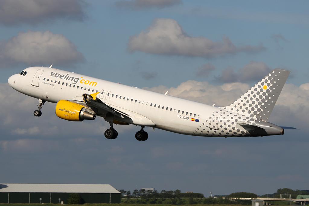 A Lufthansához és az Air France-KLM-hez hasonlóan várhatóan az IAG is új leányt indít, a Vueling marad Európában. (Fotó: AIRportal.hu) | © AIRportal.hu