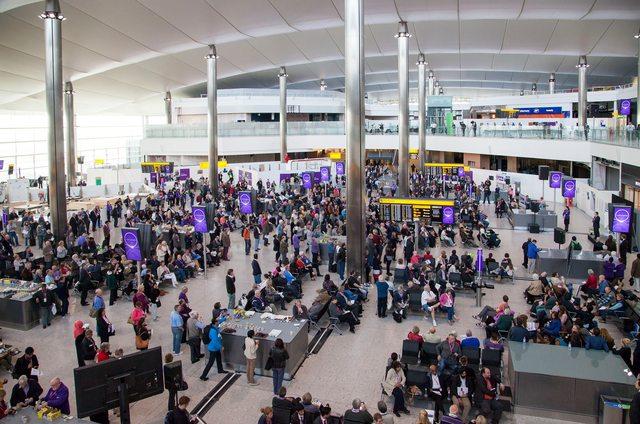 Az utasforgalom bár bővülni fog idén is, de kisebb mértékben, mint 2016-ban. (Fotó: Heathrow Airport) | © AIRportal.hu