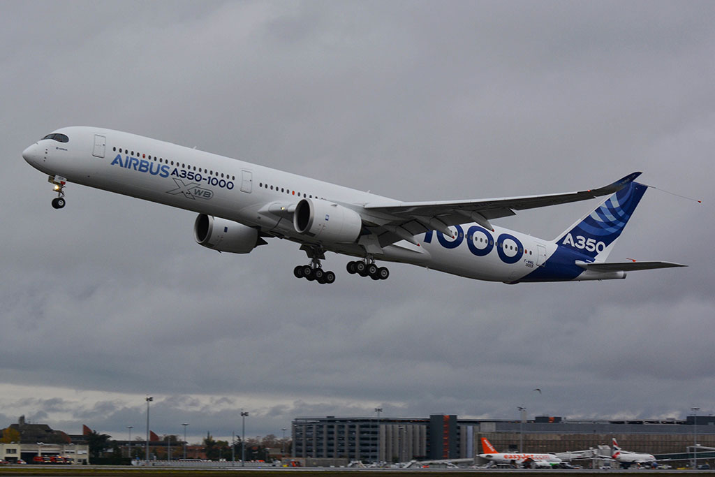 Lesznek új gépek is idén, egyikük az Airbus A350-1000 a Qatar színeiben. (Fotó: Airbus Industries) | © AIRportal.hu