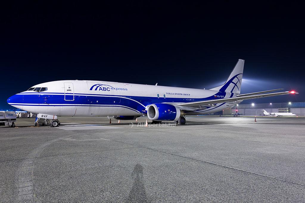 VQ-BVF | Air Bridge Cargo - ABC express (ATRAN) | Boeing 737-46Q(SF) | BUD/LHBP | 19-11-2016 (Fotó: AIRportal.hu) | © AIRportal.hu